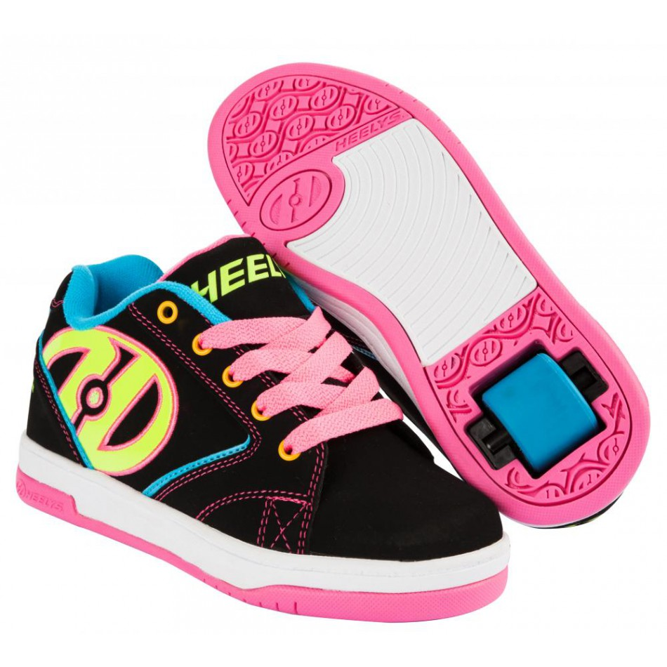 chaussure a roulette heelys