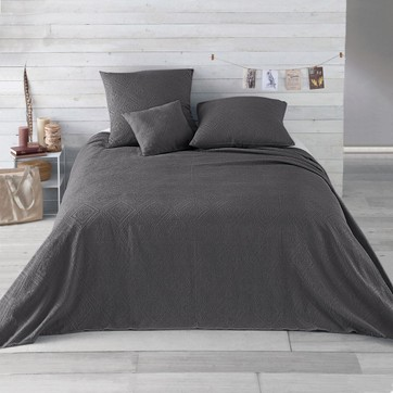 dessus de lit gris